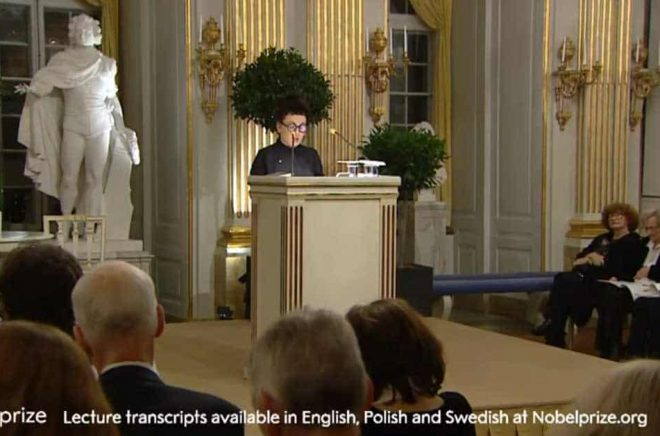 Olga Tokarczuk gav sin Nobelföreläsning lördagen den 7 december 2019 i Stockholm. Foto: Nobelmedia.