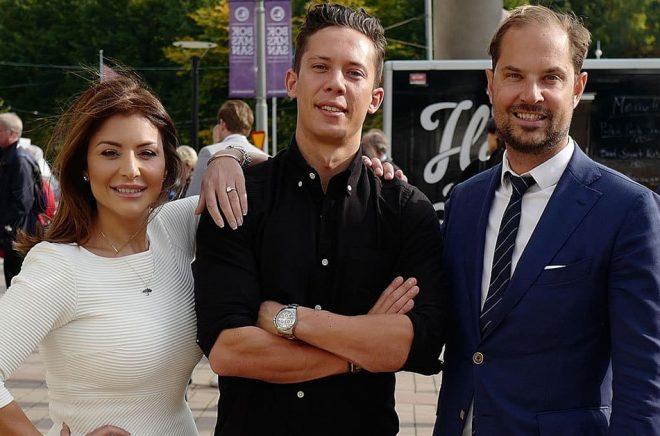 Författaren Pascal Engman flankerad av Christina Saliba, Mindmakers PR och Joakim Hansson, Nordin Agency.