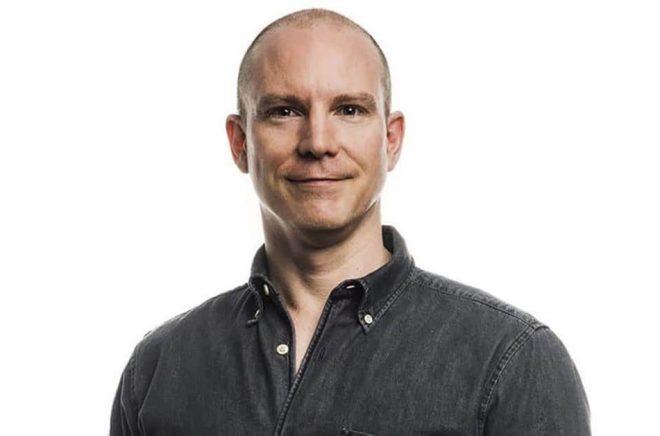 Peter Norrman, vd för Vulkaninsterna som hjälper författare att ge ut böcker själva under förlagsnamnen Vulkan, Lava och Calidris.