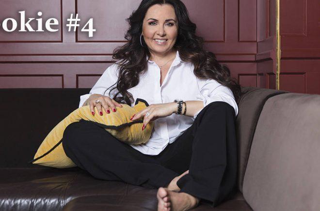 Författaren Christina Erikson intervjuas i fjärde avsnittet av artikelserien Rookie. Fotograf: Lina Eidenberg Adamo.