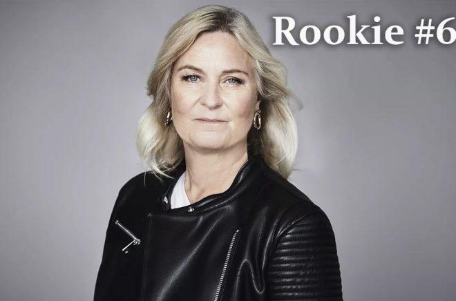 Författaren Carin Gerhardsen intervjuas i Rookie #6. Foto: Anna-Lena Ahlström