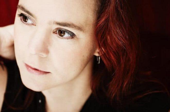 Författaren Sara Lövestam. Foto: Anna-Lena Ahlström.