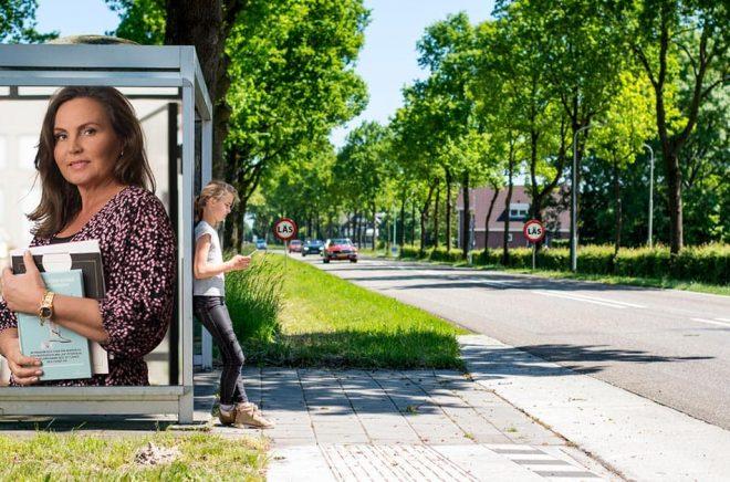 Alexandra Torstendahl, VD och marknadschef på The Book Affair. Foto: Pressbild. Bakgrundsfoto: iStock. Montage: Boktugg.