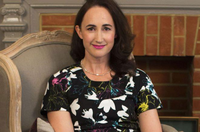 Madeleine Wickham (född 1969) är en brittisk feelgood-författare som skriver under pseudonymen Sophie Kinsella.