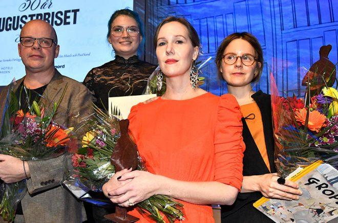 Magnus Västerbro, Linn Spjuth, Linnea Axelsson och Emma Adbåge är årets pristagare på Augustgalan. Text: Claudio Bresciani/TT