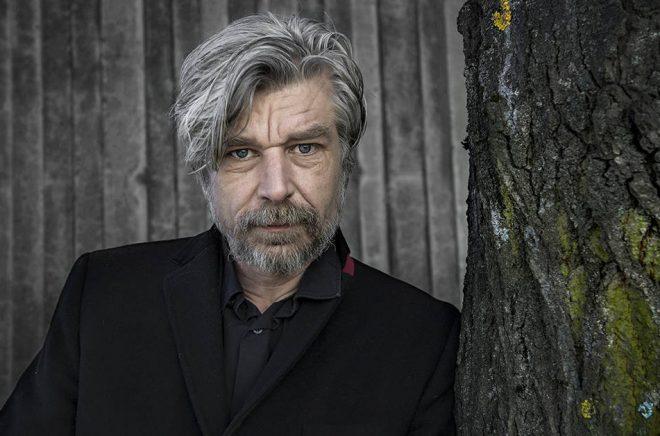 Karl Ove Knausgård får Svenska Akademiens nordiska pris. Arkivfoto: Malin Hoelstad/SvD/TT.