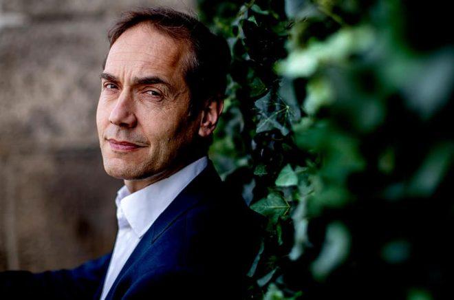 Litteraturforskaren Mats Malm, som tog sitt inträde i Akademien så sent som i december, är dess nya ständige sekreterare. Foto: Adam Ihse / TT.