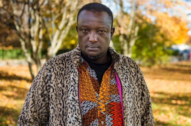 Den kenyanska författaren Binyavanga Wainaina har gått bort. Arkivbild: Vilhelm Stokstad/TT.