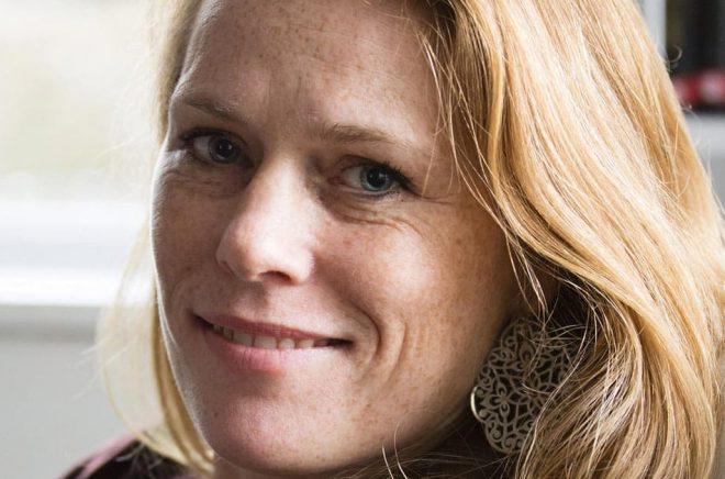 Annika Sandén är docent i historia vid Stockholms universitet. Pressbild: Martin Alvehus.