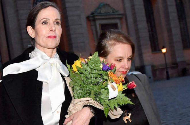 Sara Danius och Sara Stridsberg lämnade Börshuset tillsammans på kvällen den 12 april 2018.