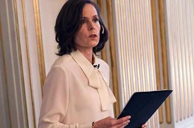 Sara Danius tillkännager Nobelpriset i litteratur (2016) i Börshuset i Stockholm. Arkivbild: TT/Arkiv.