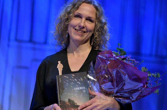 Marit Kapla tog hem Augustpriset i den skönlitterära kategorin med sin bok
