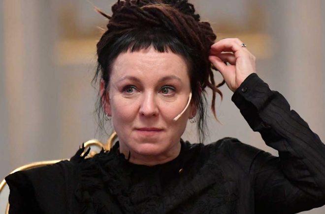 Olga Tokarczuk vid en pressträff i Börshuset i Stockholm. Arkivbild: Anders Wiklund / TT.