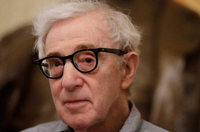 Woody Allen får till sist sina memoarer publicerade. Arkivbild: Luca Bruno/AP/TT.