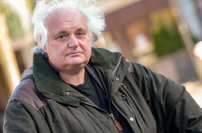Göran Greider tilldelas Göran Palm-stipendiet. Arkivbild: Bertil Ericson/TT.