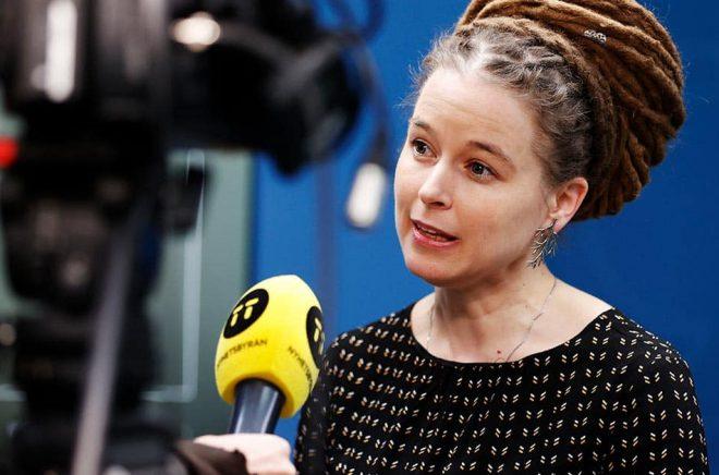 Regeringen skjuter till ett krispaket på en halv miljard till kulturen, säger kultur- och idrottsminister Amanda Lind (MP). Foto: Nils Petter Nilsson/TT.