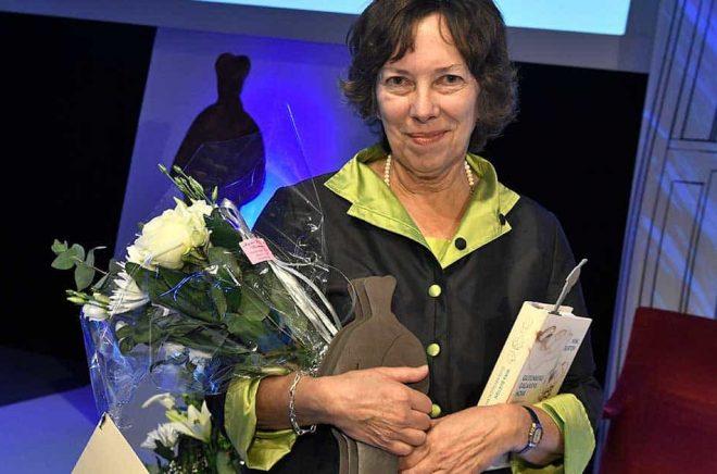 Nina Burton fick årets Övralidspris. 2016 fick hon Augustpriset för årets svenska fackbok. Arkivbild: Claudio Bresciani/TT.