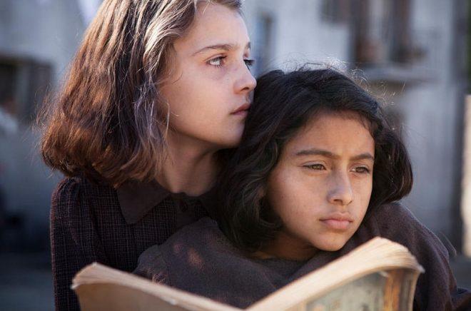 Serien bygger på romansviten Neapelkvartetten av Elena Ferrante. Pressbild: Eduardo Castaldo/HBO/ AP.