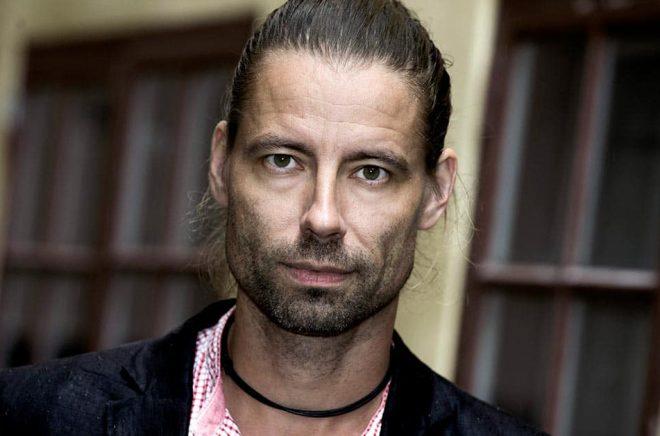 Författaren Peter Fröberg Idling kommer med en ny roman i höst. Arkivbild: Claudio Bresciani / TT.
