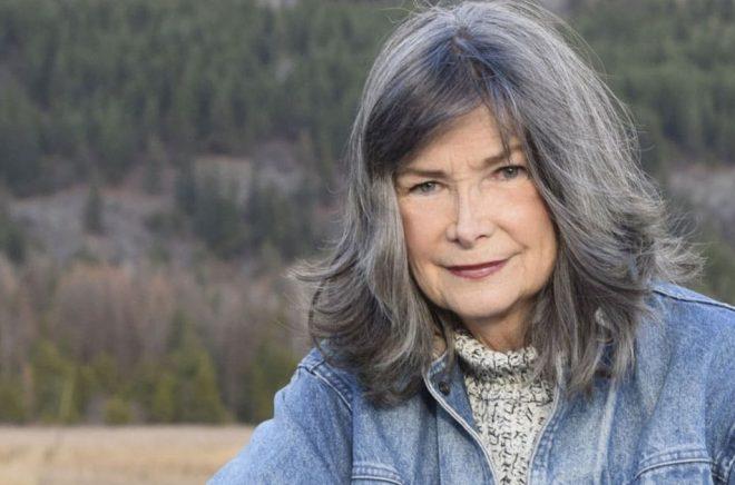 Efter 23 år som zoolog i södra Afrika skrev Delia Owens en roman där naturen är en av huvudpersonerna. Pressbild: Dawn Marie Tucker.