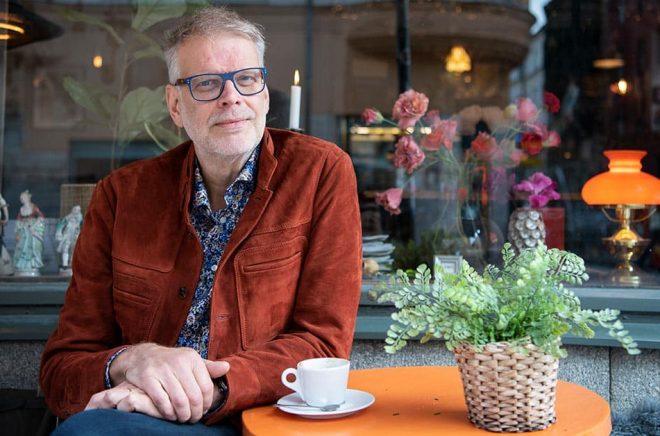 Hans Rosenfeldt är mest känd som en av skaparna av tv-serien