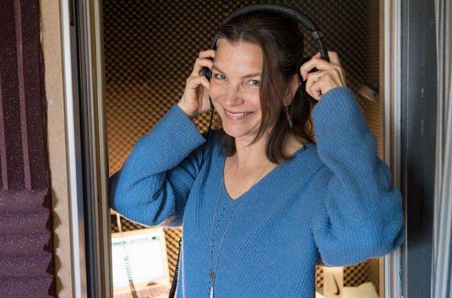 Angela Kovács är en av de skådespelare som har fått allt mer jobb som ljudboksinläsare.