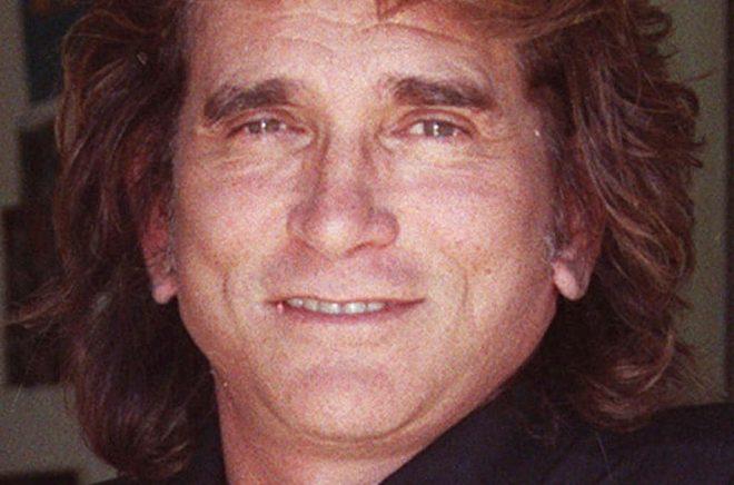 Michael Landon spelade pappan Charles Ingalls i den tidigare tv-versionen. Han avled 1991. Arkivbild: JULIE MARKES/AP/TT.