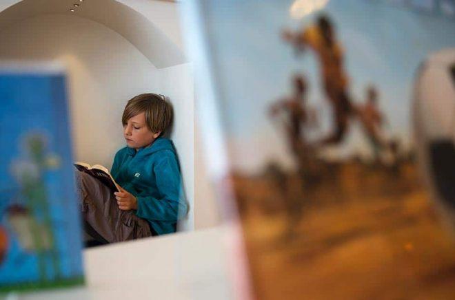 Läsglädje för de minsta – här är några av vårens mest spännande böcker. Arkivbild: Vilhelm Stokstad/TT.