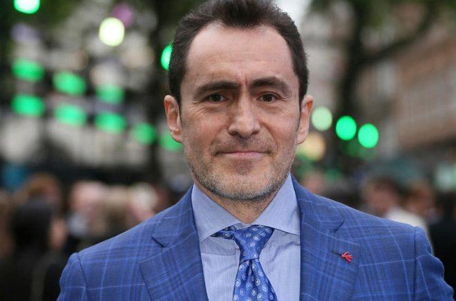 Demián Bichir ska spela huvudrollen i en ny tv-serie som har inspirerats av den svenska succéboken