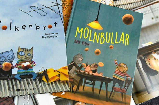 Böcker av den sydkoreanska illustratören Baek Heena, som fick förra årets Alma-pris. Arkivbild: Claudio Bresciani/TT.