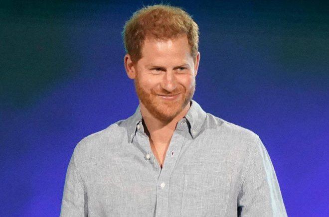 Brittiske prins Harry är på gång med att skildra sitt liv i bokform. Arkivbild: Jordan Strauss/AP/TT.