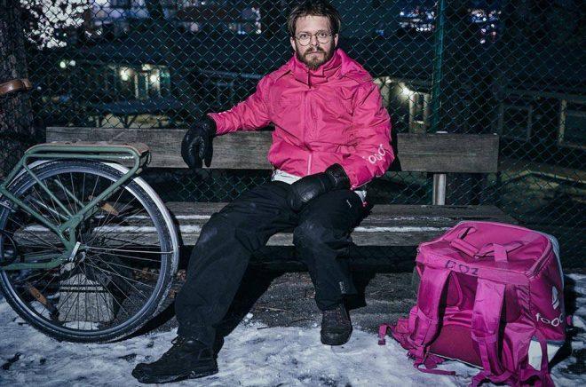 Under arbetet med boken cyklade Anders Teglund en sträcka motsvarande Kungsbacka–Kiruna. Mest intensivt cyklade han under pandemins andra våg. Pressbild: Mikael Göthage.