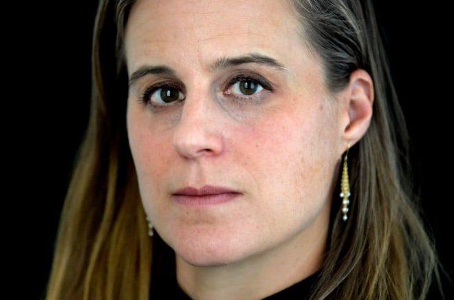 Amerikanska författaren Lauren Groff. Nu släpps hennes bästsäljare Matrix som handlar om något så udda som medeltida feminism i svensk översättning. Foto: Janerik Henriksson / TT