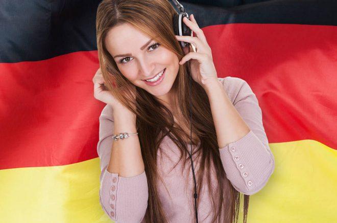 Tyskland är troligen Europas största ljudboksmarknad, något som lockar de svenska streamingtjänsterna att lansera sig där. Foto: iStock.
