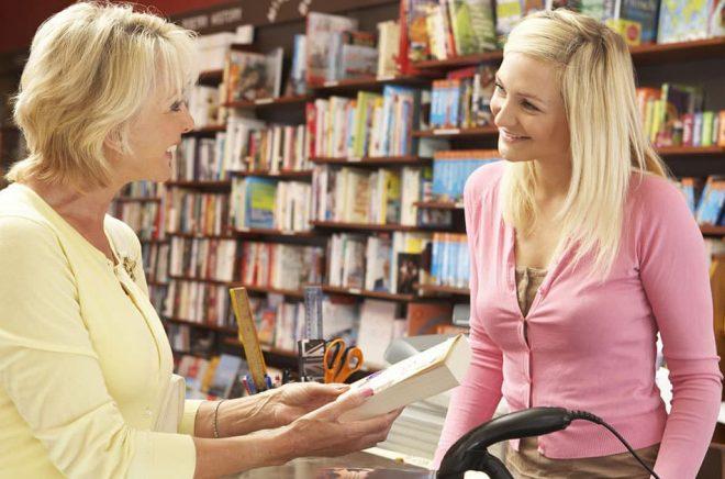 Det behövs fler yngre entreprenörer redo att ta över eller starta nya boklådor. Foto: Fotolia.