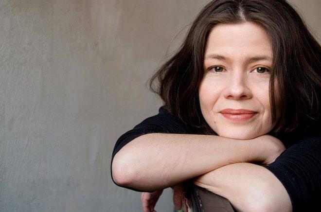 Yukiko Duke, kulturjournalist, författare, översättare och moderator. Foto: Anna Widoff.