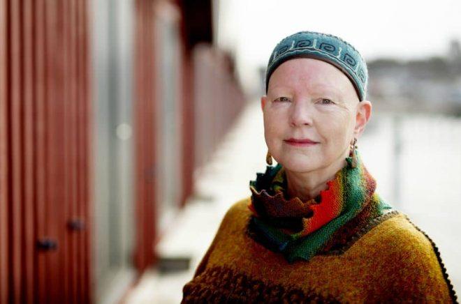 Åsa Grogarn Sol, sångerska och journalist, debuterar som författare. Foto: Malin Arnesson