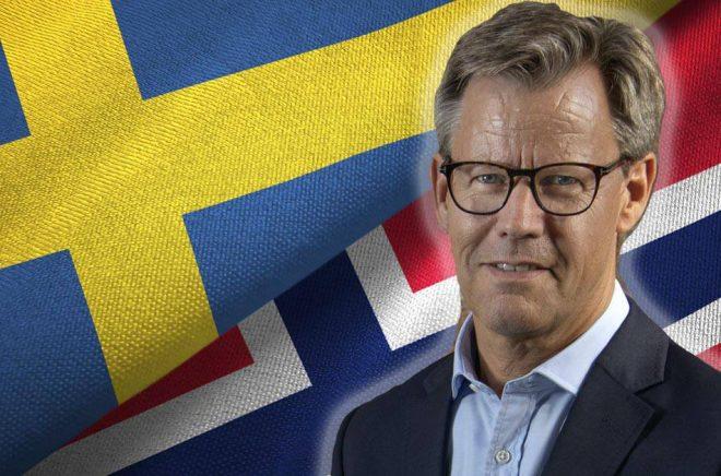 Danska Egmonts koncernchef Steffen Kragh (foto: Trygve Indrelid) har ett vägval att göra när det gäller norska Storytel. Och kanske hela det svenska Storytel. Bakgrundsfoto: iStock. Montage: Boktugg.