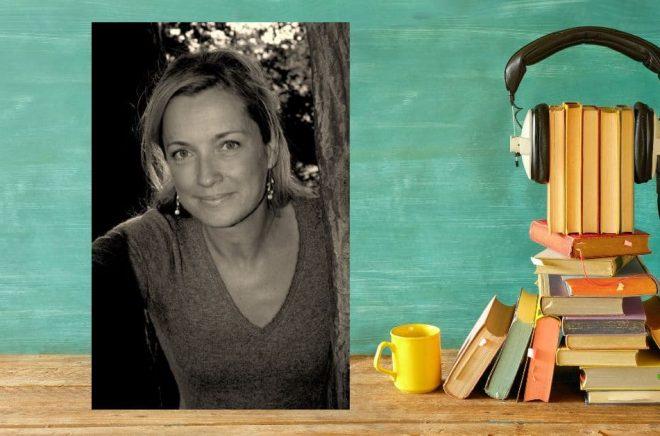 Gunilla Leining, tv-producent och ljudboksinläsare. Foto: Katarina Nyman. Bakgrund: Istock