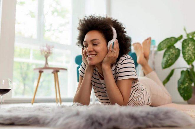Audible lanserar nu en billigare prenumerationstjänst på den amerikanska marknaden, med podcasts och originalinnehåll. Foto: iStock.