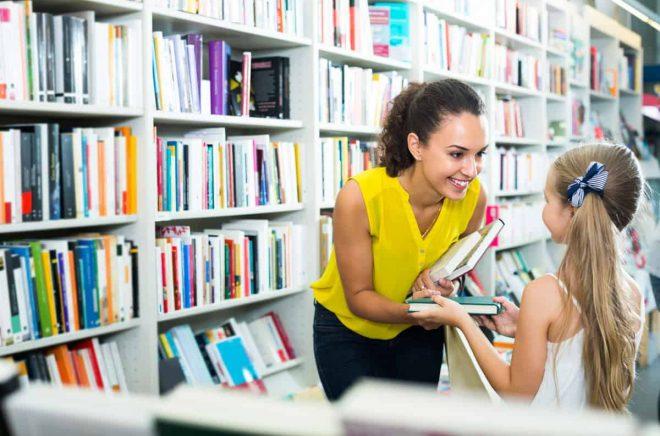 På bokrean hittar du bra tips på böcker till barn och ungdomar också.