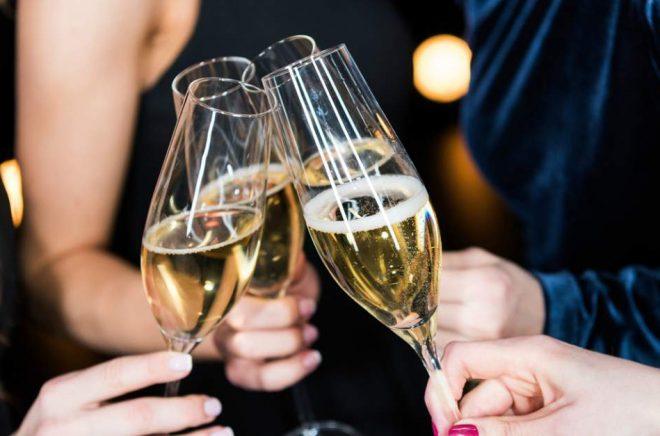 Egen alkohol får inte längre medtagas och hanteras på Svenska Mässan i Göteborg. Det var en av de mest lästa nyheterna på Boktugg 2018. Foto: iStock