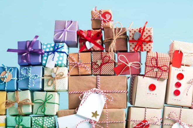 Dags att shoppa julklappar - vad är väl bättre än en bok?