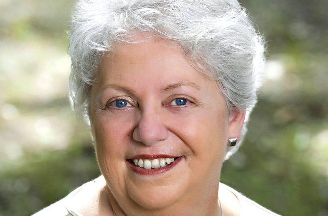 Författaren Karen Dionne har skrivit bästsäljaren The Marsh King's Daughter som nu kommer på svenska med titeln Träskkungens dotter - och dessutom filmatiseras. Foto: Robert Bruce