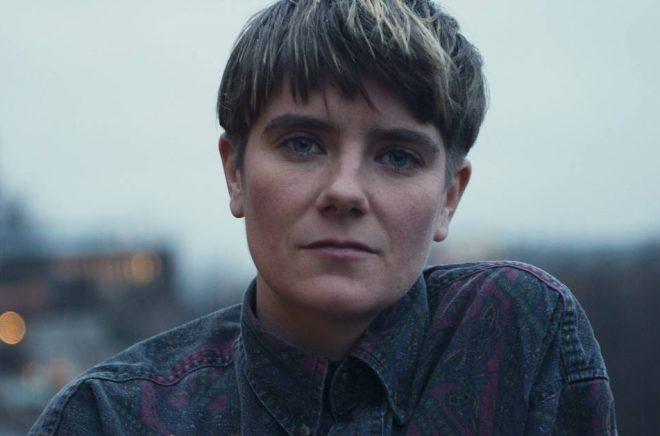 Författaren Moa-Lina Olbers Croall. Foto: Pressbild Natur & Kultur