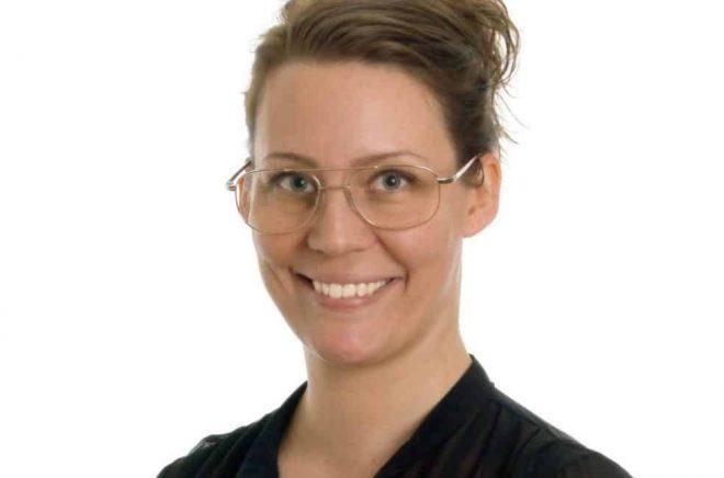 Sara Olsson, som förutom att driva bokförlaget SOL även är författare och lektör.