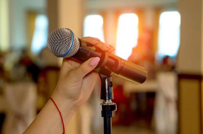 När får vi författarsamtal med publik igen? Foto: iStock.