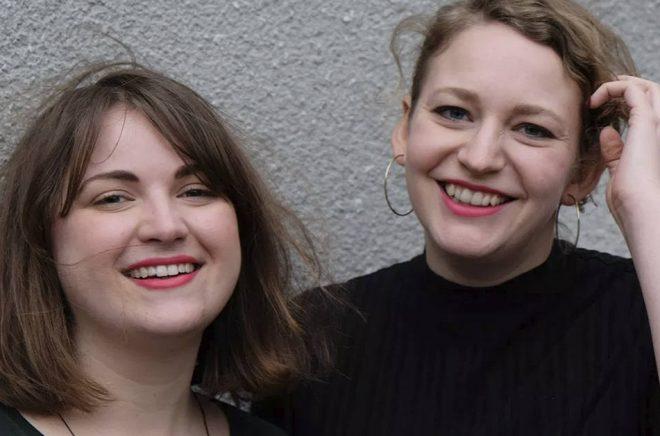 Agnes Ahlsén och Sara Hallonsten. Foto: Systerkonspirationen förlag