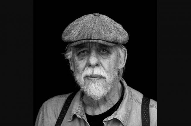 Thomas Tidholm, författare, dramatiker och poet. Foto: Po Tidholm