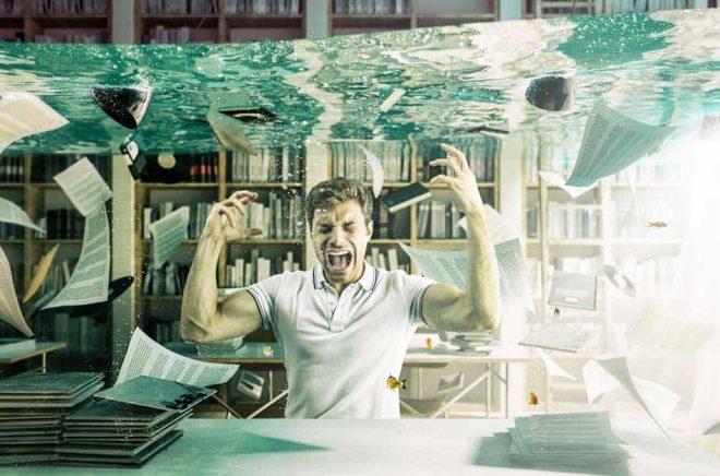 Frustrationen över coronakrisen berör hela bokbranschen: förlag, bokhandlare, författare, mässarrangörer och många andra. Foto: iStock.